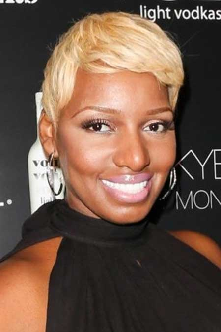 Best Short Haircuts for Black Women_7