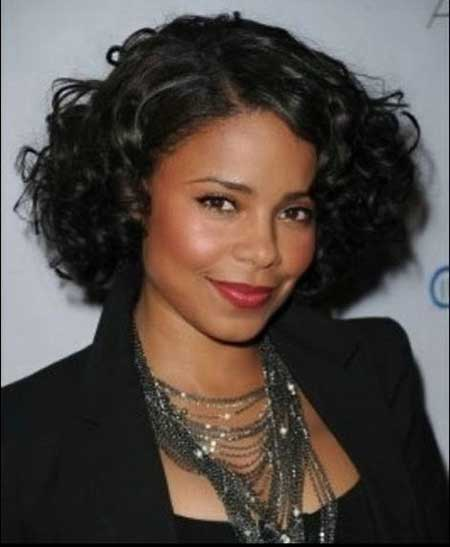 Best Short Haircuts for Black Women_8