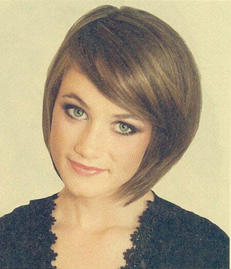 Short Hair Bob With Side Swept Bangs