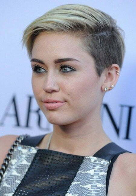 Celebrity Short Blonde Hairstyle
