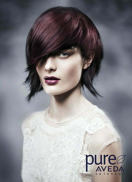 Charming Flip Out Bob Hair with Side-swept Bangs