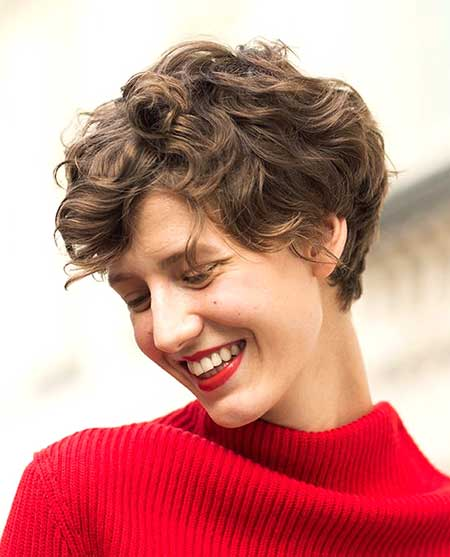 Cute Boyish Curly Hairstyle for Girls
