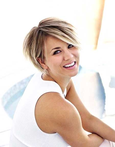 Cute short haircut for summer blonde straight bob cut from chelsea