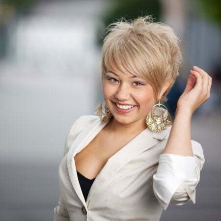 Girl with Short Blonde Hair_17