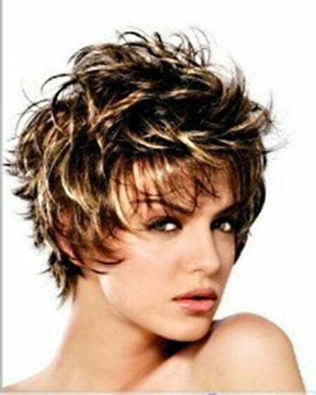 Hairstyles for Wavy Short Hair_12