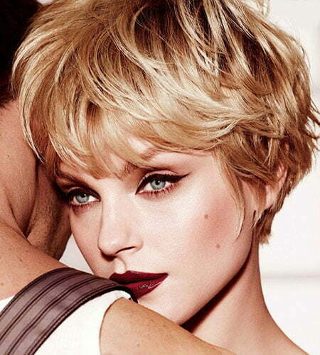 Hairstyles for Wavy Short Hair_4