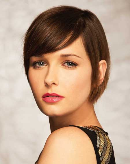 Hairstyles with Short Straight Hair_14