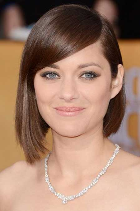 Hairstyles with Short Straight Hair_15