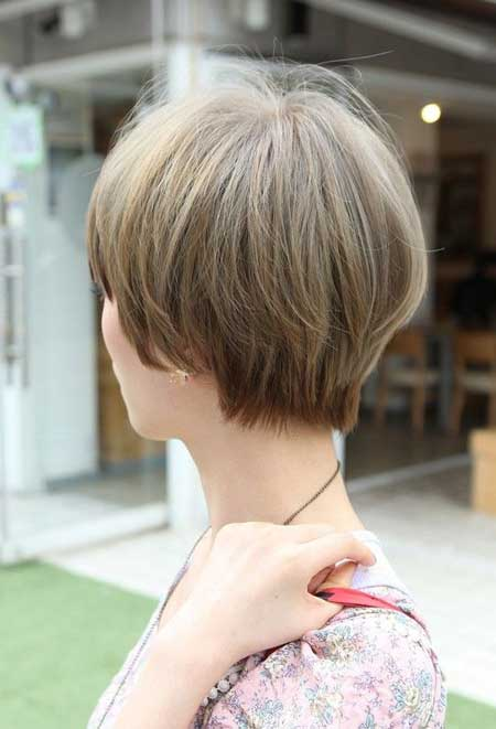 Hairstyles with Short Straight Hair_17
