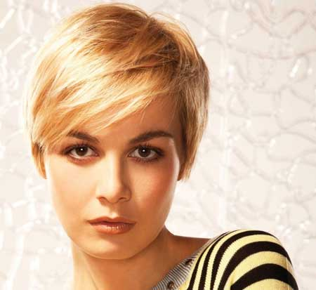 Hairstyles with Short Straight Hair_18