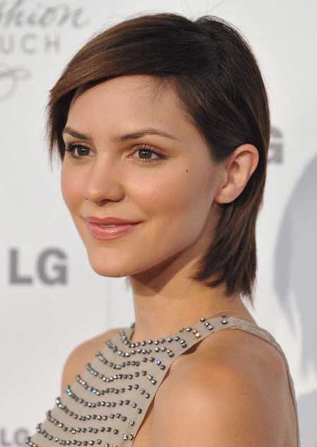 Hairstyles with Short Straight Hair_20