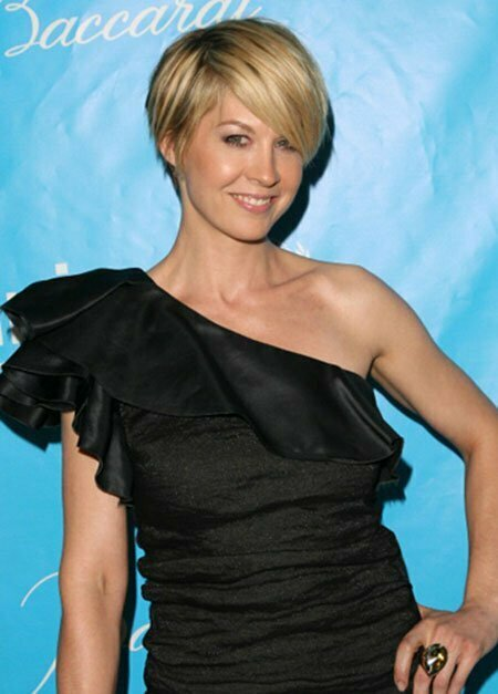 Jenna Elfman New Short Hairstyle