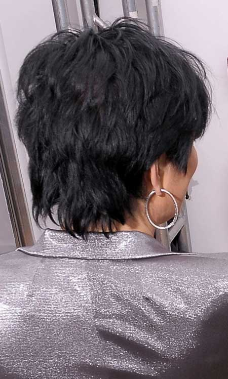 Kris Jenner's Nice Layered Bob Cut
