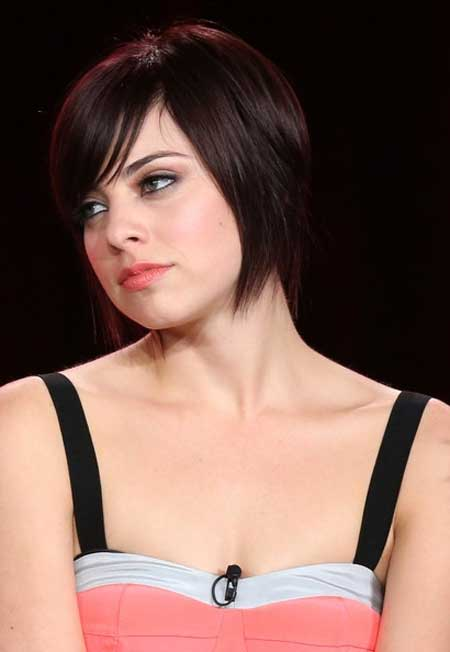 Krysta Rodriguez Bob Hair with Blunt Ends