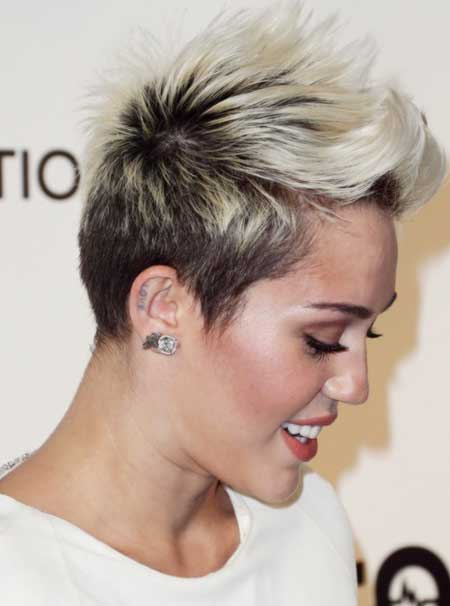 Myley Cyrus' Radical Pixie Cut