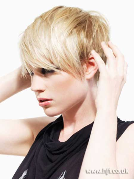 New Short Blonde Hairstyles_19