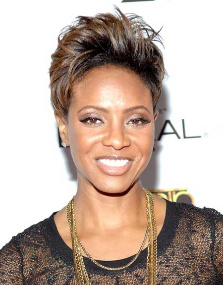 New Short Hairstyles for Black Women_6