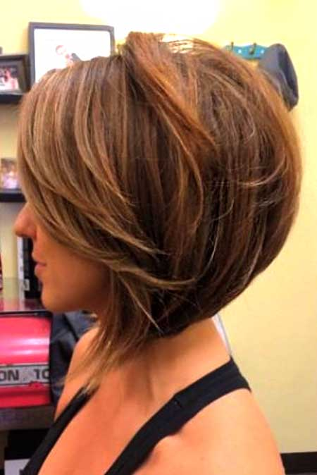 Layered Bouncy Bob Hairstyle with Short Bangs