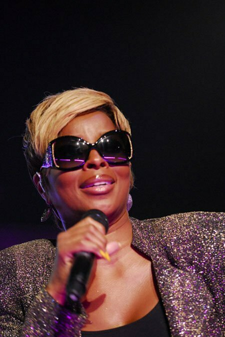 Pictures Of Short Haircuts for Black Women_6