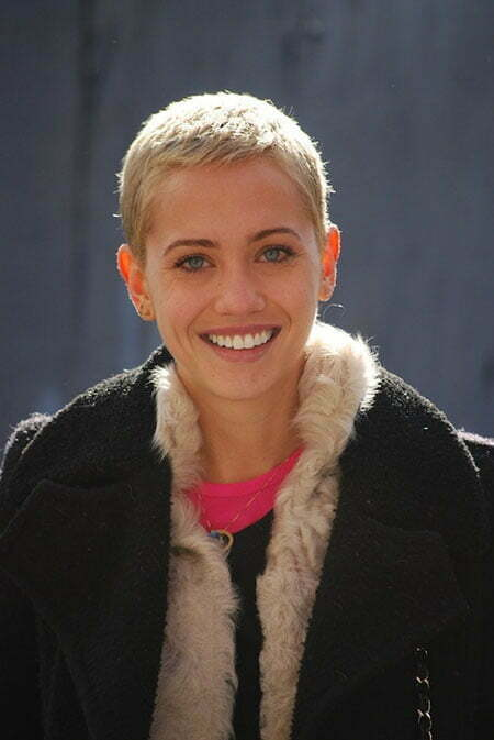 Pictures Of Short Pixie Haircuts_1