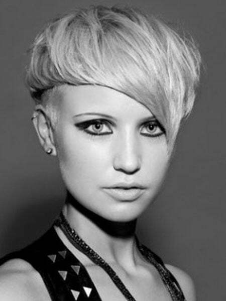 Pictures Of Short Pixie Haircuts_2