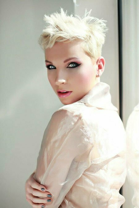Pixie Haircut Images_14