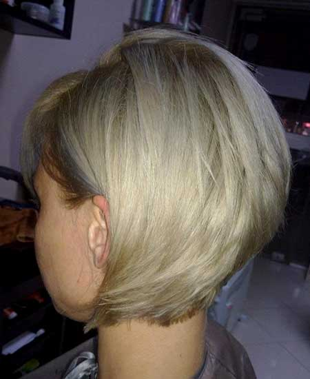 Short, Bouncy and Edgy Blonde Bob Haircut