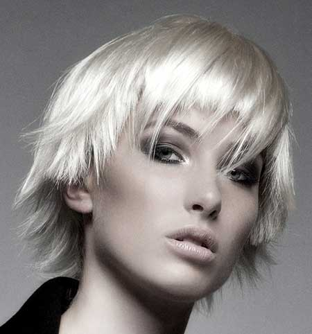 Short Edgy and Messy Blonde Hairdo