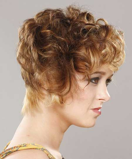 Short Curly Hair Ideas_10