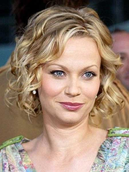 Short Curly Hairstyles for 2014_13