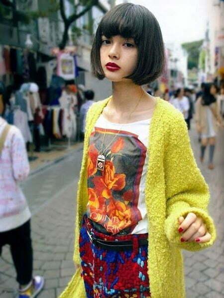 Short Japanese Styled Hairdo for Girls