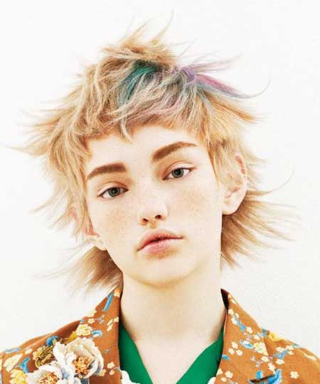 Colored Messy Short Hair Idea for Girls
