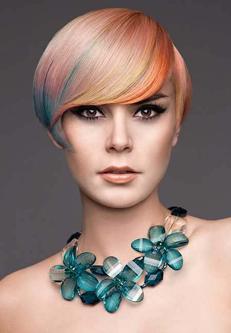 Very Sleek and Attractive Bob Hair with Awesome Color Combination