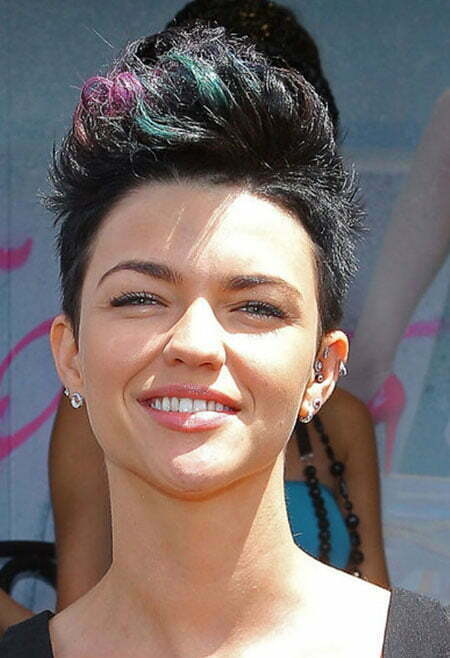 Short Haircuts and Color Ideas_5