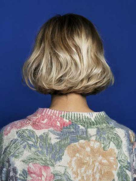 Short Haircuts for Wavy Hair 2014 - 2015_14
