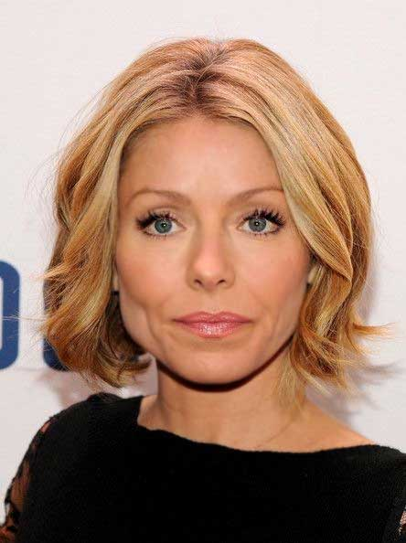 Short Haircuts for Wavy Hair 2014 - 2015_7