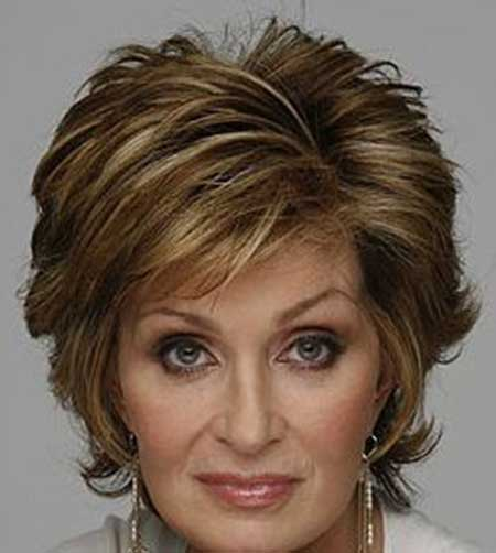 Very Lovely And Attractive Bob Hair With Awesome Charming Layers. Short  Hairstyle For Older Women
