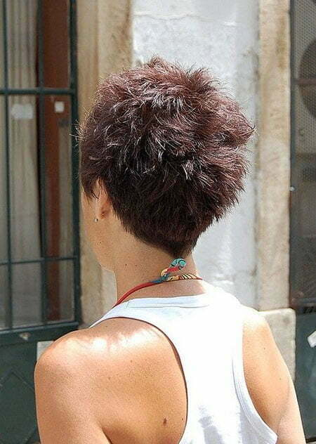 Short Hairstyles for Girls_14