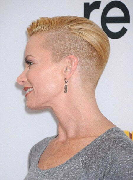 Short Hairstyles for Girls_3