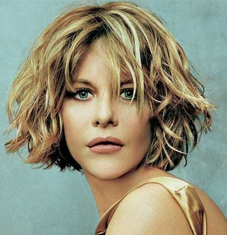 Short Wavy Hair Ideas_13