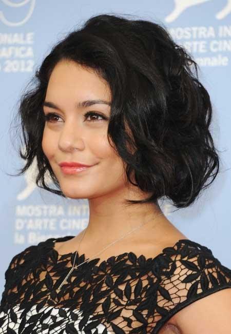 Short Wavy Hairstyles for Women_10