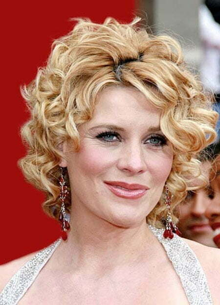 Super Short Curly Hairstyles_7