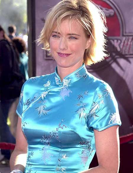 Tea Leoni Bob Hair with Cool Layers