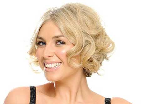 Side Parted Short Curly Haircut for Girls