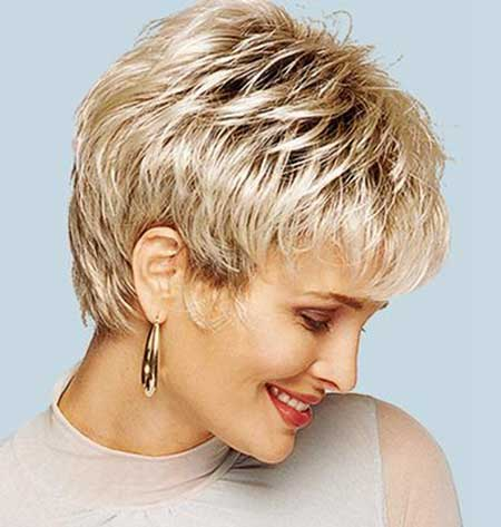 haircut Short layered pixie