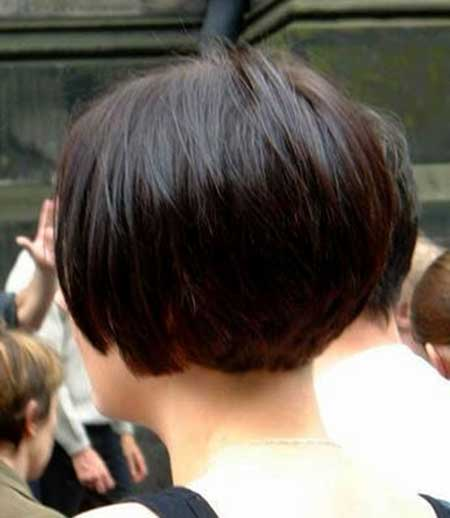 Simple Casual Layered Bob