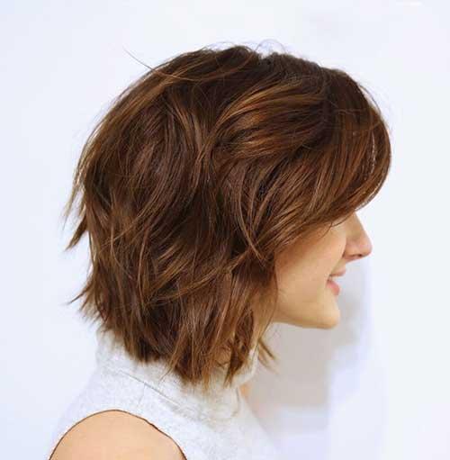 Short Classy Wavy Hairstyle