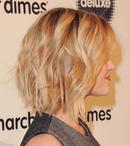 Filled Casual Wavy Bob