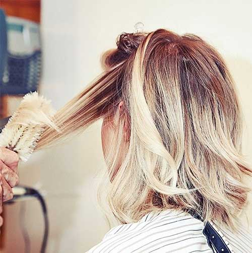 Side View of Inverted Medium Hairstyle for Women