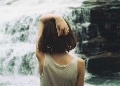 Back View of Inverted Bob Hairstyle for Girls